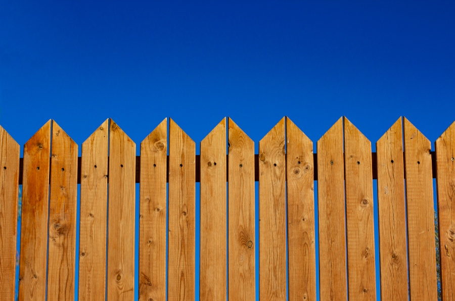 Do I Need Planning Permission to Put Up a Fence?